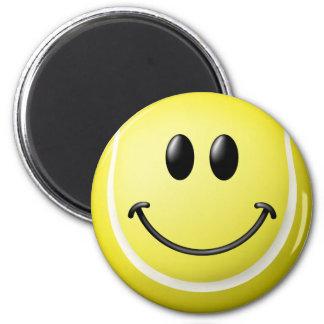 Cara del smiley de la pelota de tenis imán redondo 5 cm