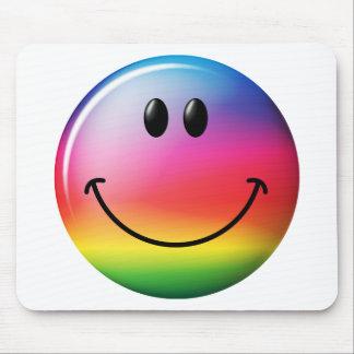 Cara del smiley del arco iris tapetes de ratones