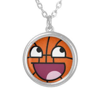 Cara del smiley del baloncesto colgante redondo