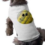 Cara del smiley del camuflaje playera sin mangas para perro