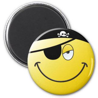 Cara del smiley del pirata imán redondo 5 cm