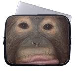 Cara divertida del orangután funda portátil