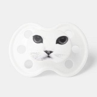 Cara dulce del gato del gatito chupetes de bebe