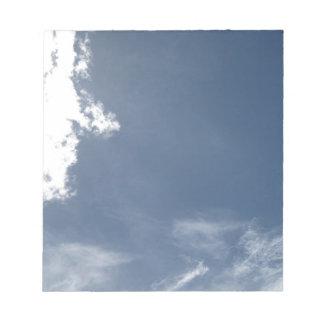 Cara en las nubes bloc de papel
