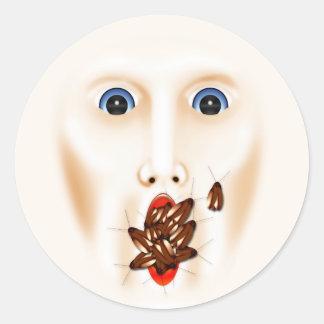 Cara espeluznante con la boca Halloween grueso de Pegatina Redonda