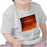 Cara extraña anaranjada, ojos que miran para camiseta