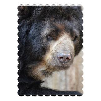 """Cara fantástica de un oso negro invitación 5"""" x 7"""""""