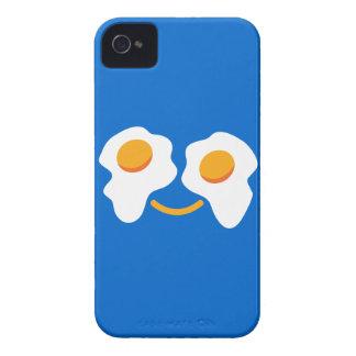 Cara feliz del huevo iPhone 4 Case-Mate cárcasa