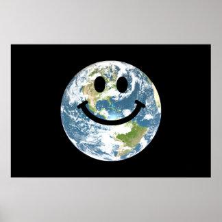 Cara feliz del smiley de la tierra póster