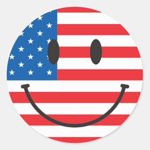 Cara feliz sonriente de la bandera de los E.E.U.U. Pegatina Redonda