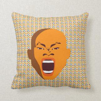 Cara grosera del grito de la almohada de tiro de l