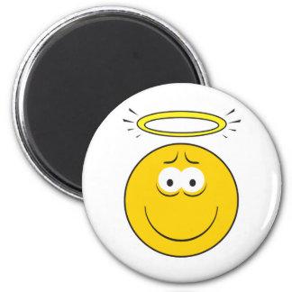 Cara inocente del smiley del ángel imán redondo 5 cm