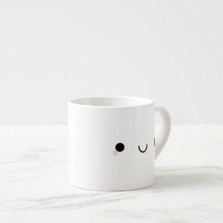 Cara japonesa sonriente linda del Emoticon de Taza Espresso