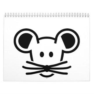 Cara linda de la cabeza del ratón calendario de pared