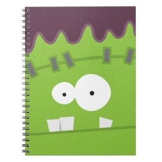 Cara linda del monstruo de Halloween Frankenstein Libros De Apuntes