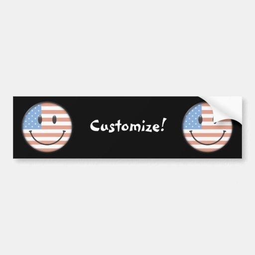 Cara patriótica del smiley de la bandera de los E. Etiqueta De Parachoque