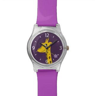 Cara púrpura de la jirafa del dibujo animado relojes de pulsera