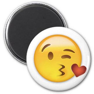 Cara que lanza un beso Emoji Imán Redondo 5 Cm