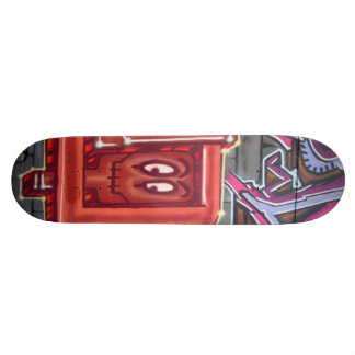 Cara roja de la pintada tablas de skate