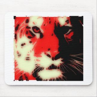 Cara roja del tigre tapetes de ratones