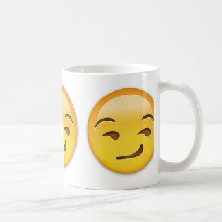 Cara Smirking Emoji Taza Clásica