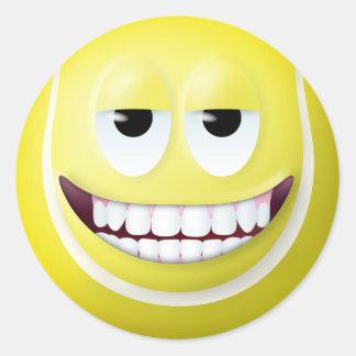 Cara sonriente 2 de la pelota de tenis pegatinas redondas