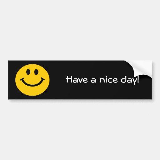 Cara sonriente amarilla etiqueta de parachoque