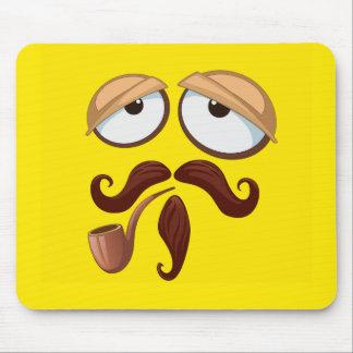 Cara sonriente amarilla de lujo con el tubo y el mousepads