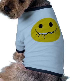 Cara sonriente amarilla de risa suprimida ropa para mascota
