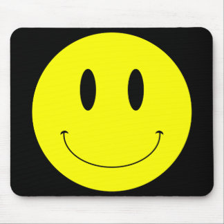 Cara sonriente amarilla del KRW Tapetes De Ratón