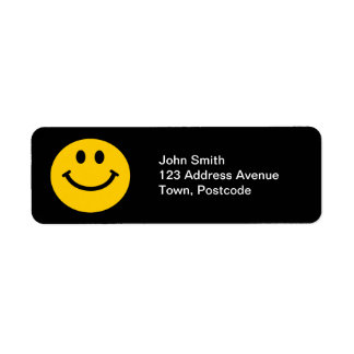 Cara sonriente amarilla etiquetas de remite