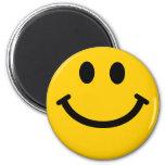 Cara sonriente amarilla imán redondo 5 cm