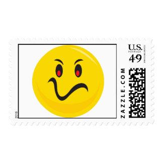 Cara sonriente amarilla se molesta que sellos