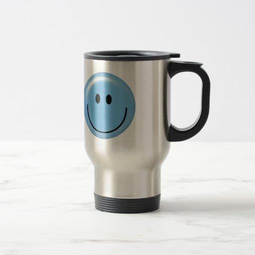 Cara sonriente azul feliz tazas de café