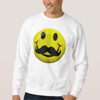 Cara sonriente con la camiseta grande del bigote sudadera con capucha