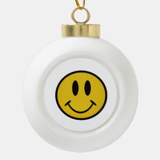 Cara sonriente de oro adorno de cerámica en forma de bola