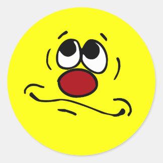 Cara sonriente de rogación Grumpey Pegatina Redonda