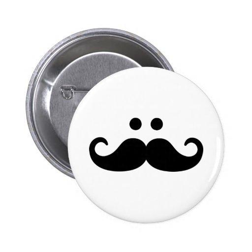 Cara sonriente del bigote pin