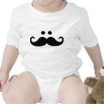 Cara sonriente del bigote trajes de bebé