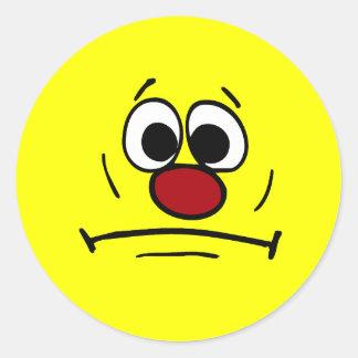 Cara sonriente dimitida Grumpey Pegatina Redonda