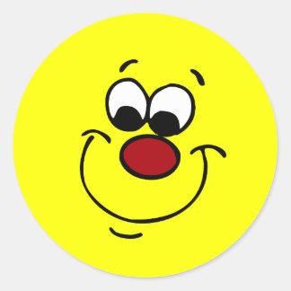 Cara sonriente disimulada Grumpey Pegatina Redonda