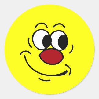 Cara sonriente estúpida Grumpey Pegatina Redonda