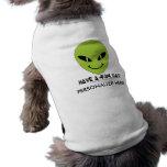 Cara sonriente extranjera camisetas de perro
