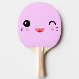 cara sonriente feliz del dibujo animado lindo del pala de ping pong