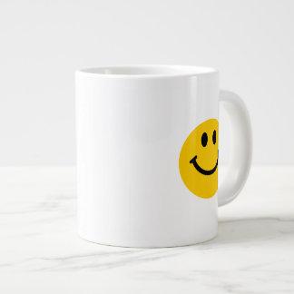 Cara sonriente feliz tazas jumbo