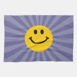 Cara sonriente feliz toallas