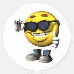 cara sonriente fresca pegatinas redondas