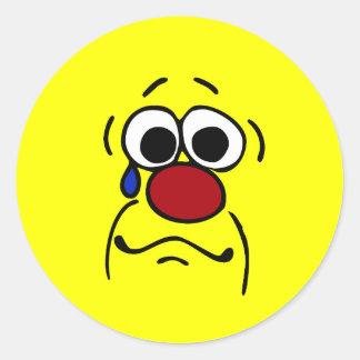 Cara sonriente Grumpey de la condolencia Pegatina Redonda