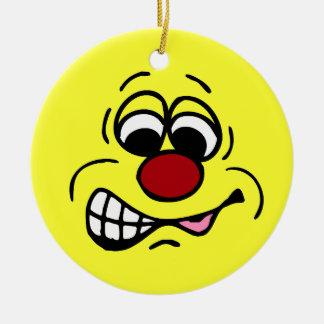 Cara sonriente Grumpey del empleado contrariedad Adorno De Reyes
