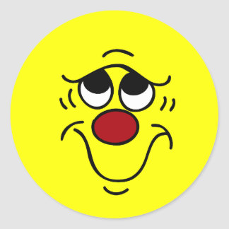 Cara sonriente insegura Grumpey Pegatina Redonda
